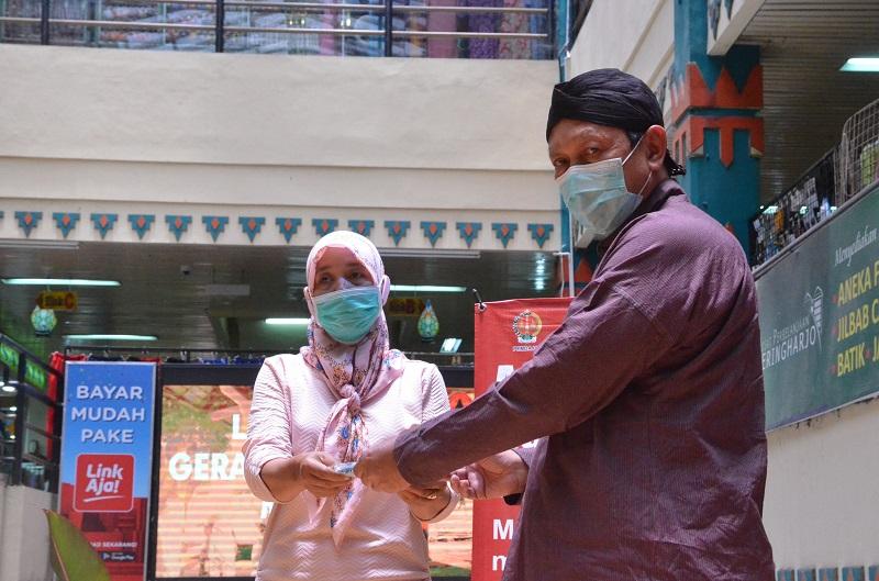 BPBD Bagikan 130 Ribu Masker Untuk Memutus Penyebaran Covid-19